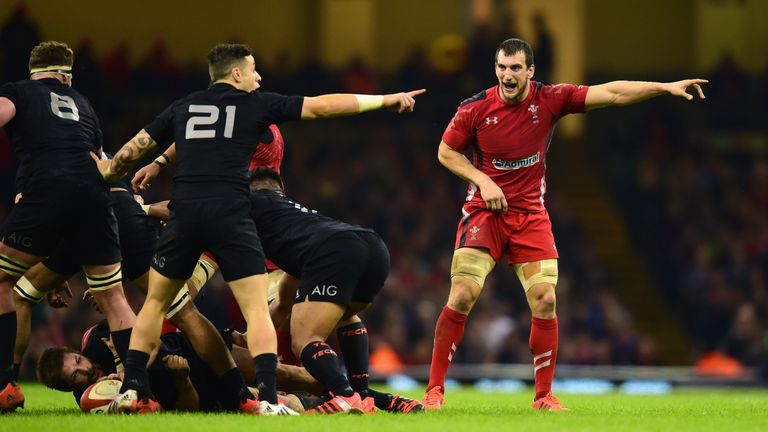 Wales suffered a gallant 16-34 defeat at the hands of New Zealand in 2014