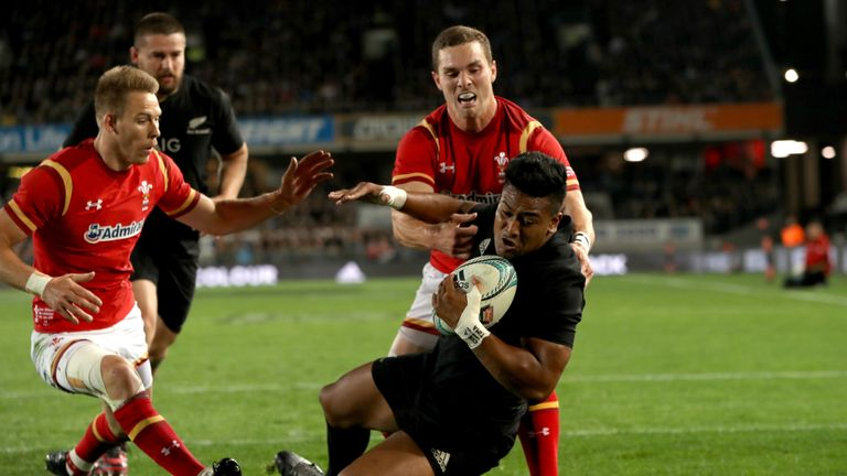 Julian Savea (R) has been dropped by the All Blacks for the second test