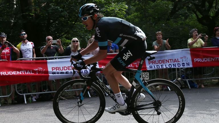 Geraint Thomas failed with a 53km solo attack