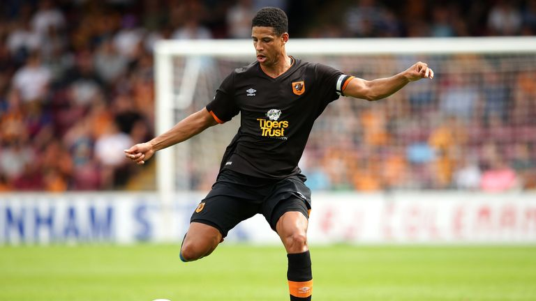 Curtis Davies wearing Hull City's new away kit in a pre-season friendly