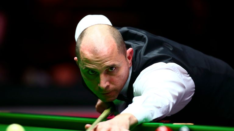 Joe Perry will play Ali Carter in Sunday's World Open final