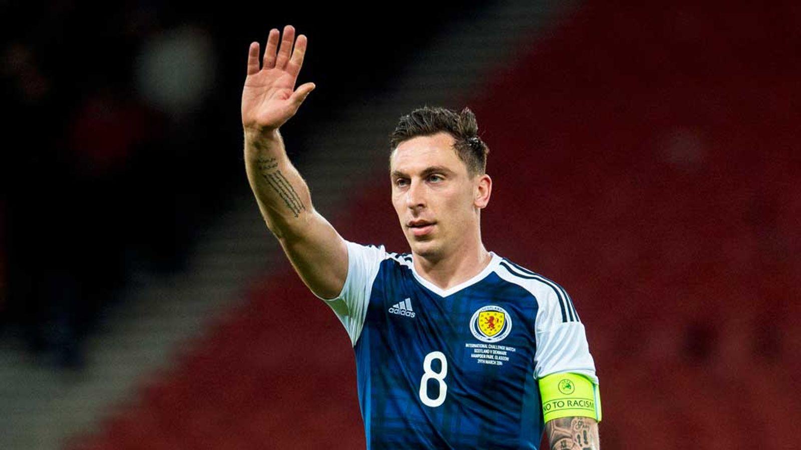 Celtic midfielder Scott Brown retires from Scotland duty