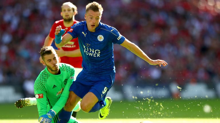 Jamie Vardy snubbed an offer from Arsenal to stay at the King Power Stadium