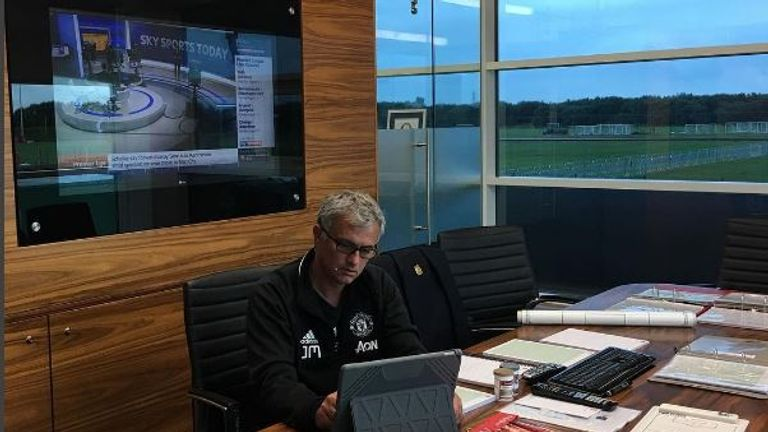 Manchester United boss Jose Mourinho posted a picture of his office on Instagram with SSNHQ on in the background @josemourinho