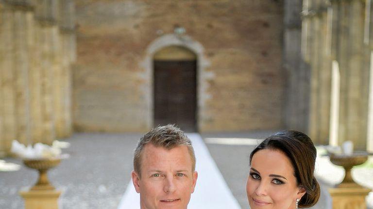 Kimi Raikkonen wed Minttu Virtanen in Tuscany - photo by Andrea Pitti