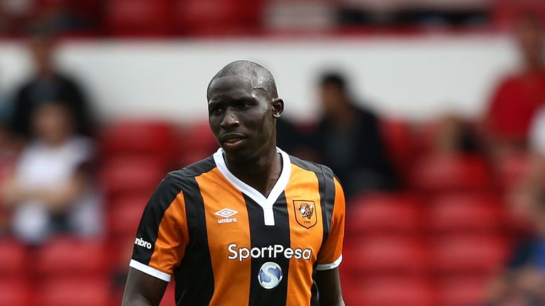 Mohammed Diame is in talks with Newcastle over a move to St James' Park