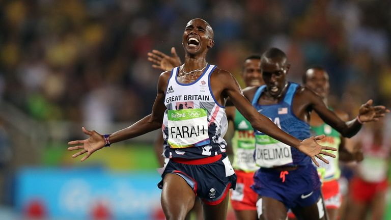 Farah roars home in the 5,000m in Rio