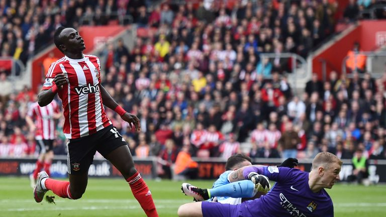Hart closed down Sadio Mane but did that only make the finish easier?