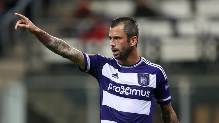 Steven Defour was a transfer target for Manchester United in 2009