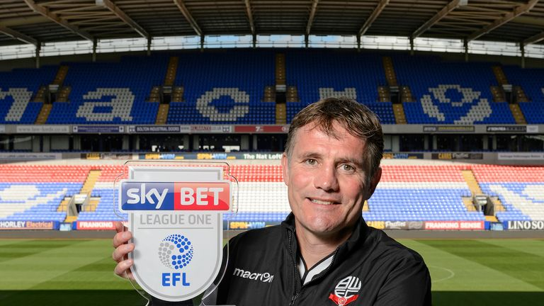 Phil Parkinson has won the Manager of the Month award for Sky Bet League One after guiding Bolton to four wins and a draw from their opening five games