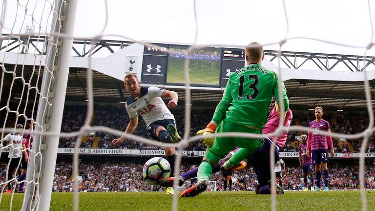 Harry Kane puts Tottenham Hotspur ahead at White Hart Lane