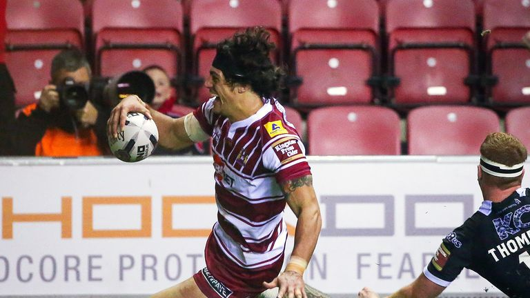 Anthony Gelling's late try secured victory