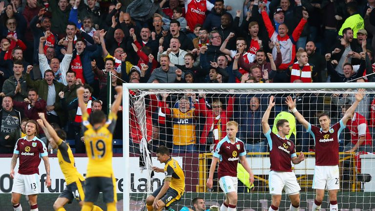 The result leaves Arsenal two points off leaders Manchester City
