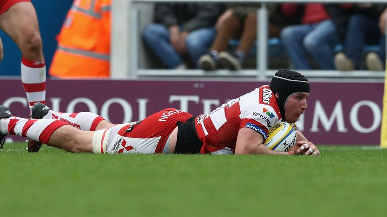 Ben Morgan slides over for Gloucester's third try