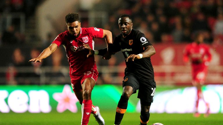 Adama Diomande (R) was excellent for Hull