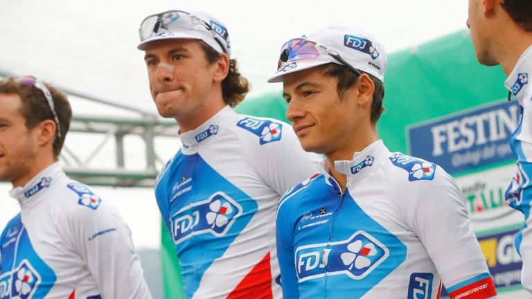 French rider Kenny Elissonde (right) joins from team FDJ.fr