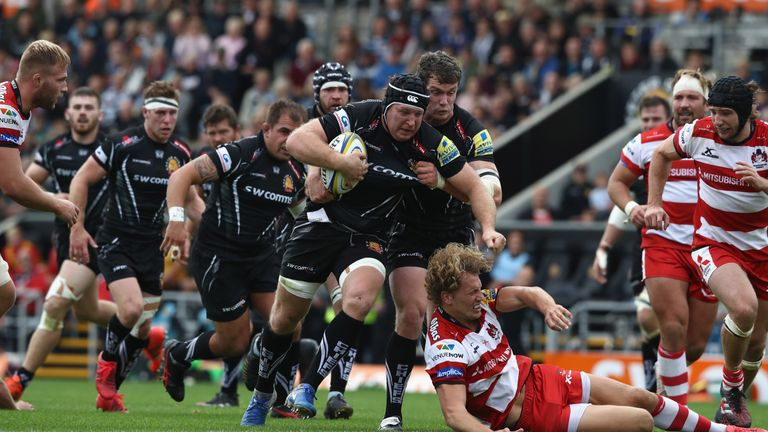 Thomas Waldrom charges forward for the Chiefs' first try