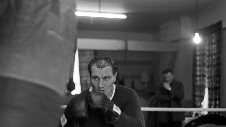 Bodell training in his local pub gym, ahead of the defence of his British heavyweight title against Henry Cooper