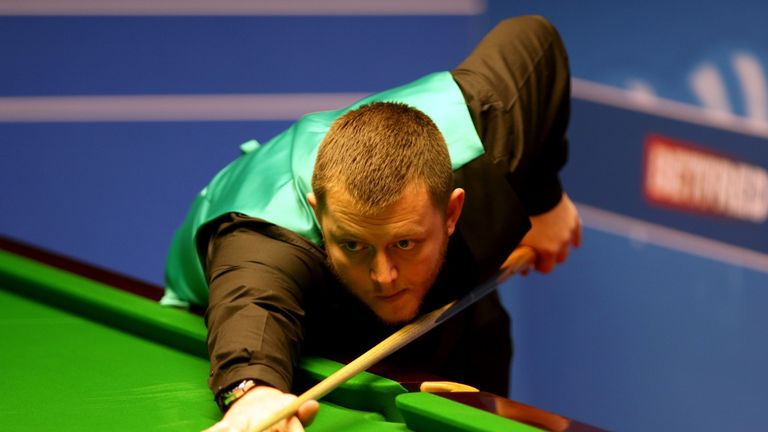 Allen gifted Ali Carter a place in the quarter-finals
