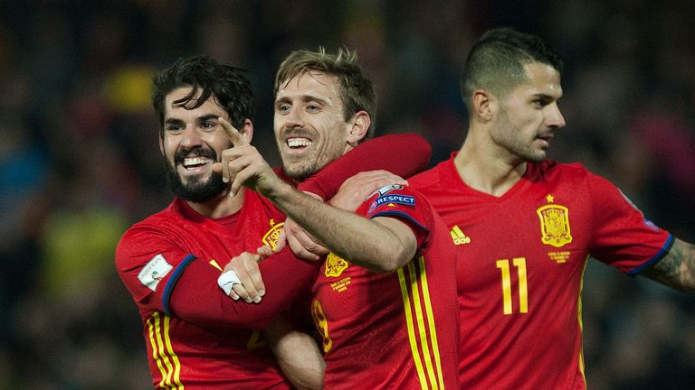 Spain beat Macedonia 4-0 on Saturday night in World Cup Qualifying Group G