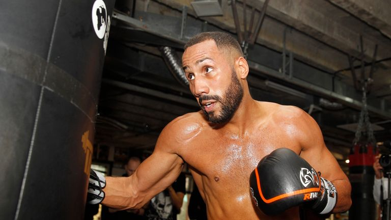 DeGale in great shape for 'champ v champ' showdown