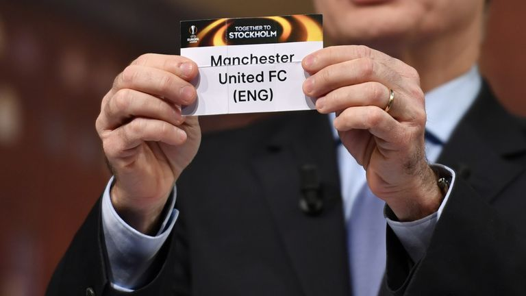 Who will Manchester United face in the semis?