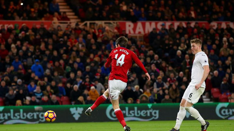 Marten de Roon of Middlesbrough scores his side's third goal