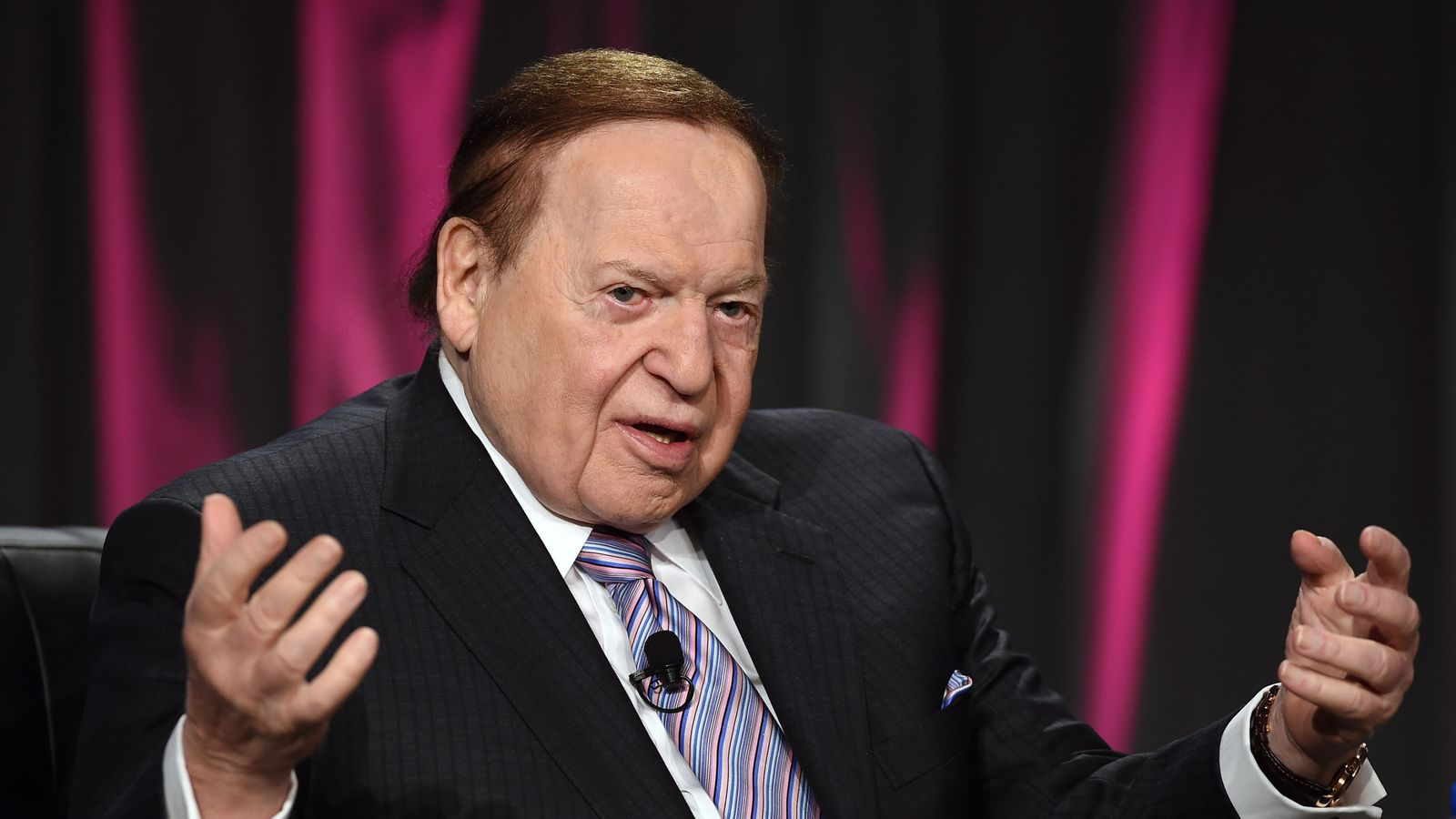 Casino mogul Sheldon Adelson pulls out of Oakland Raiders ...