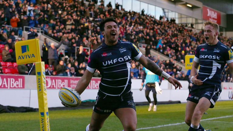 Denny Solomona celebrates scoring his second try in as many games