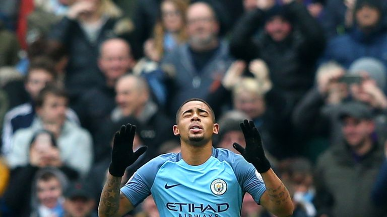 Gabriel Jesus will put in 'big' performances against the likes of Manchester United and Liverpool, says Ronaldinho