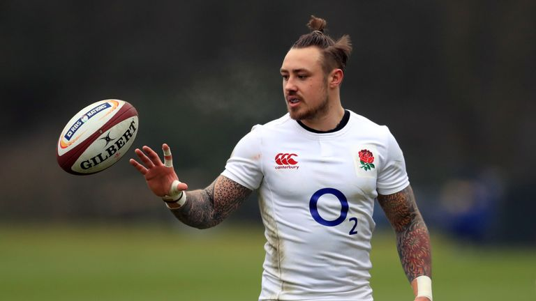 Nowell comes onto the right wing in place of Jonny May