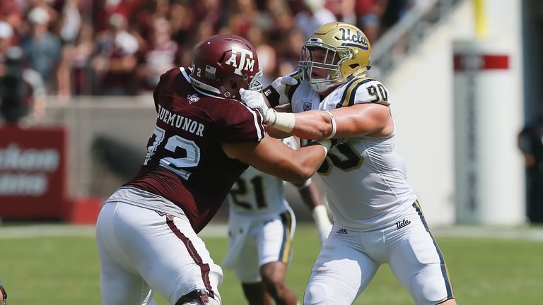 Jermaine Eluemunor #72 of Texas A&M in action