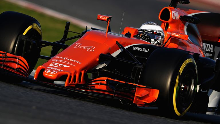 fernando alonso says mclaren 39 disappointed 39 with start to testing f1 news. Black Bedroom Furniture Sets. Home Design Ideas