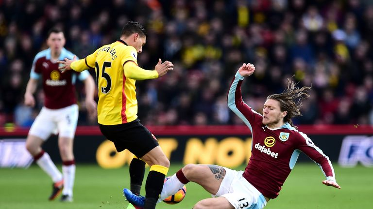 Jeff Hendrick fouls Jose Holebas resulting in his sending off