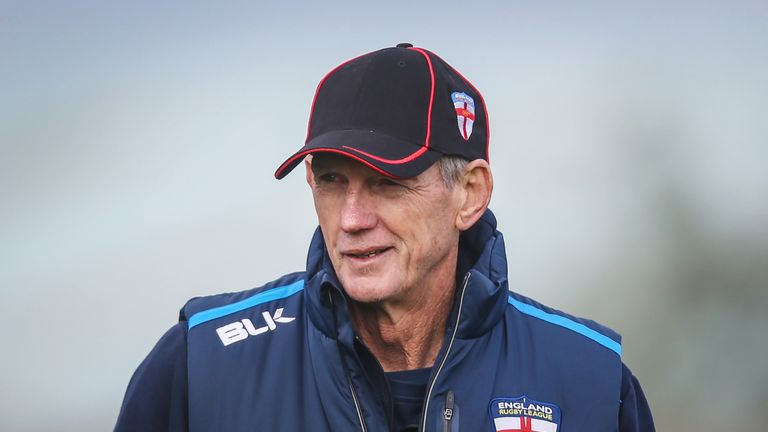 England head coach Wayne Bennett signed a new two-year deal on Monday