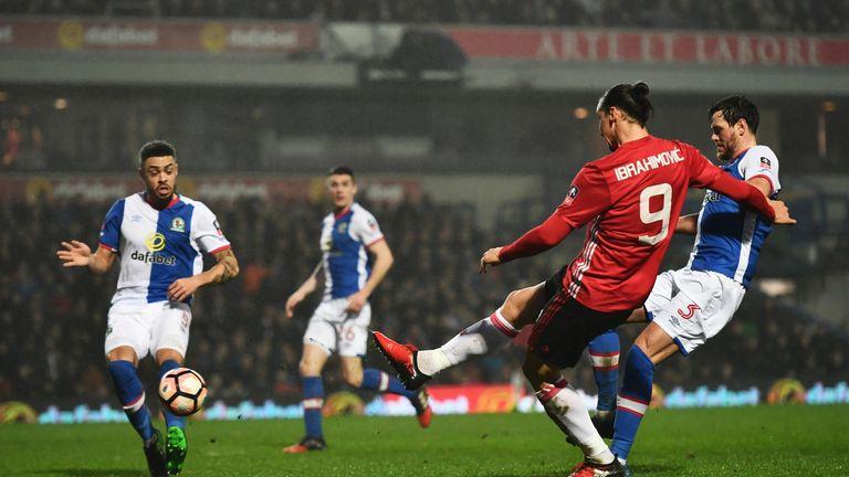 Zlatan Ibrahimovic scores the winner for Manchester United