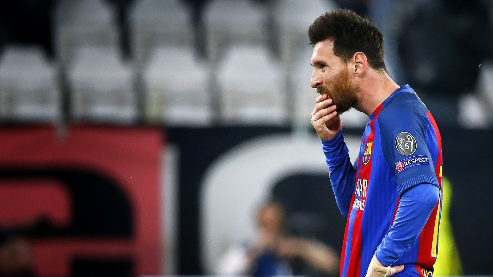 Euro Papers: Lionel Messi rejects Barcelona contract ...