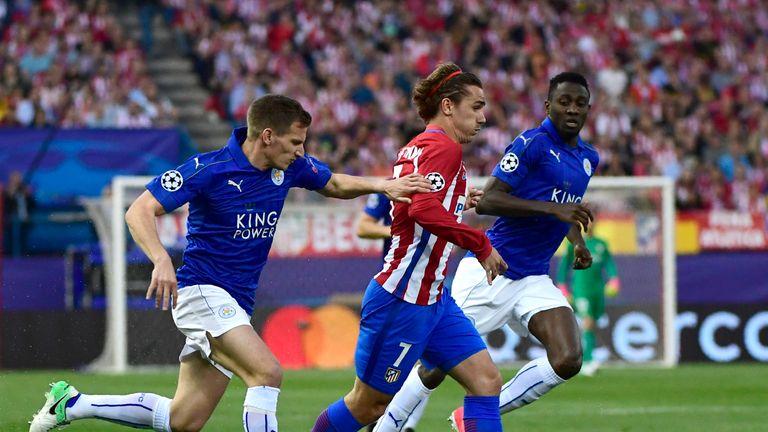 Leicester City's Marc Albrighton vies with Griezmann