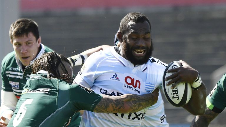 A trademark carry of the ball in one hand from Leone Nakarawa