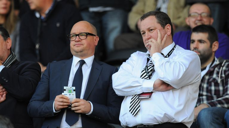 Newcastle United managing director Lee Charnley speaks with Benitez