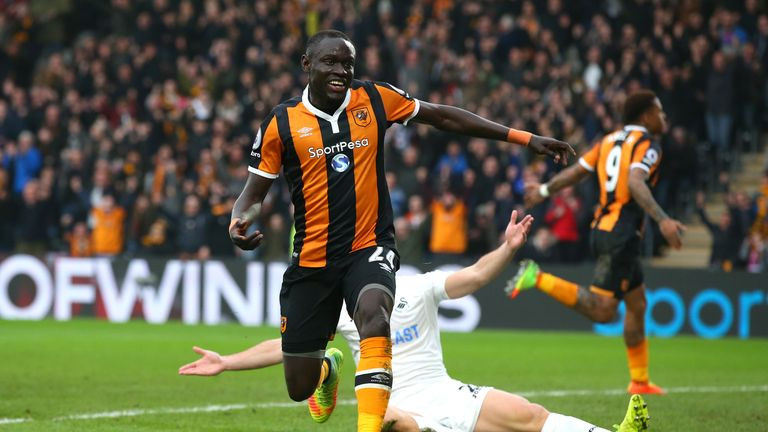 Niasse scored five goals in 19 appearances while on loan at Hull