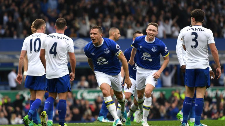 Phil Jagielka celebrates scoring Everton's third goal
