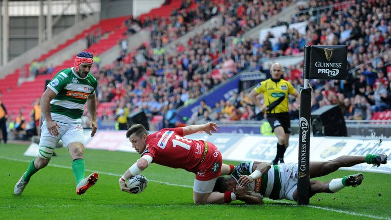 Scarlets wing Steffan Evans also wins his first Wales cap against Tonga