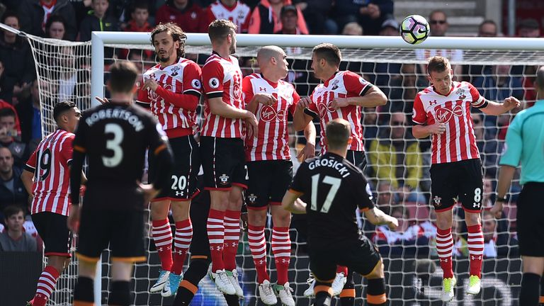 Grosicki curls a free-kick towards goal in Hull's match against Southampton