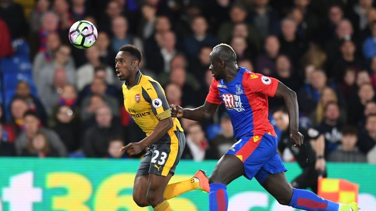 Palace fear being priced out of a permanent deal for Mamadou Sakho but Benteke remains hopeful of a resolution