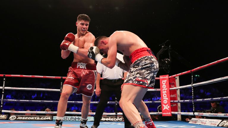 Josh Kelly registered his first knockout as a professional