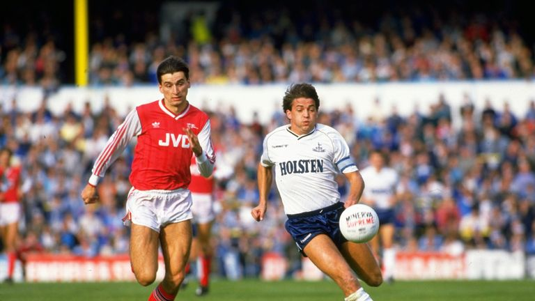 Alan Smith of Arsenal takes on Gary Mabbutt at White Hart Lane