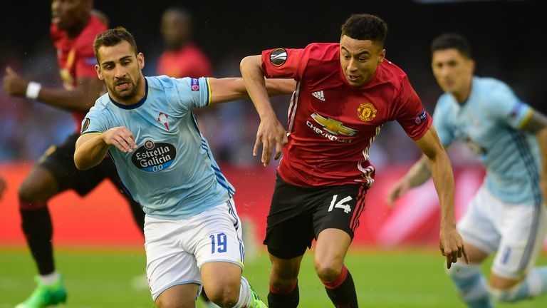 Jesse Lingard squandered two good opportunities for United