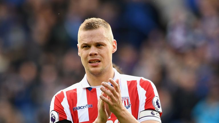 Ryan Shawcross has signed a new four-year Stoke contract