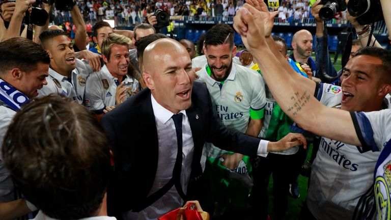 Can Zinedine Zidane win the Champions League in consecutive seasons?